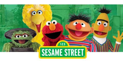 2014-1219-sesame-street-classics01